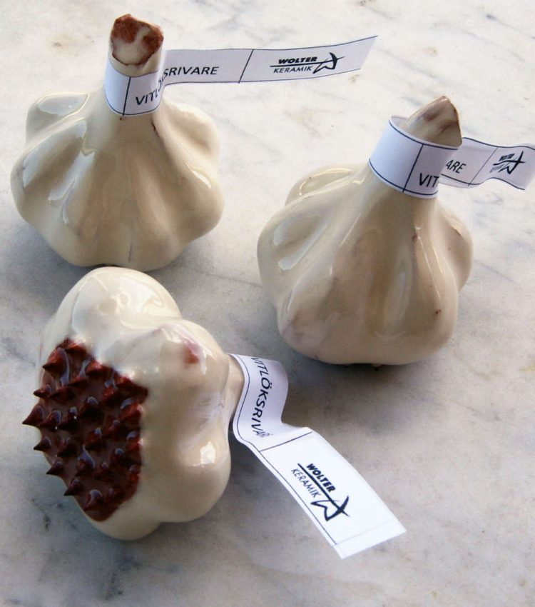 Garlic grater